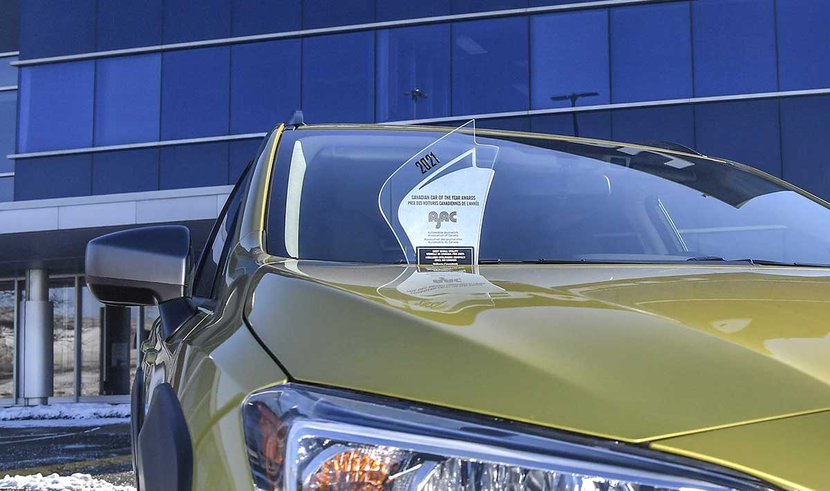 Crosstrek-AJAC-Award-Best-SUV-2021